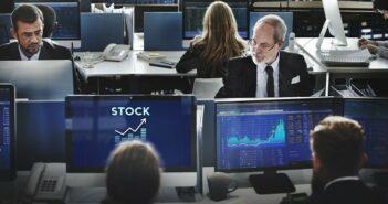 Aktien was kaufen – mit dem richtigen Know-how lässt sich an der Börse viel Profit machen