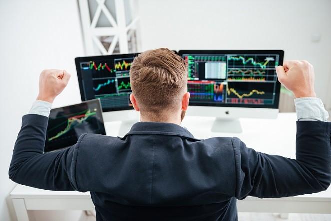 Jeder behält so selbst bei katastrophalen Kursverlauf etwas Money auf der hohen Kante und ruiniert sich nicht gleich bei seinen ersten Gehversuchen an der Börse.(#02)
