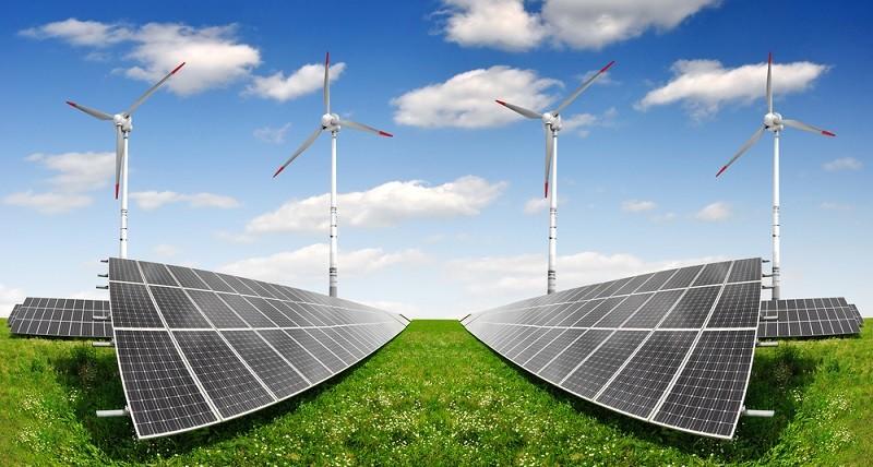 Erneuerbare Energie heißt das Zauberwort seither.(#02)