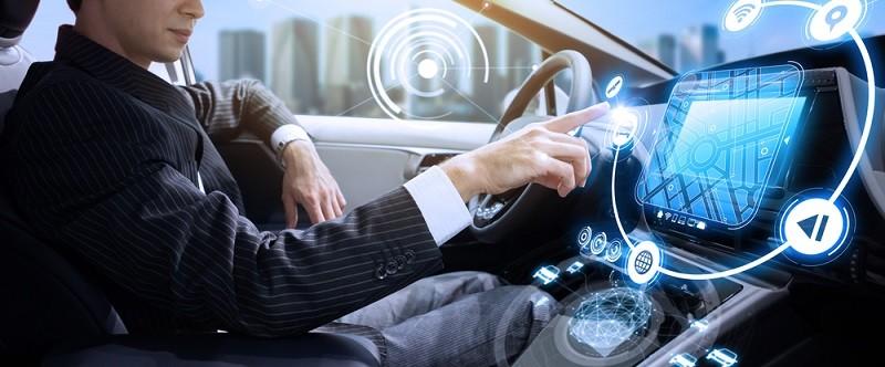 Nicht nur aus diesem Grund kommen immer mehr Elektroautos auf den Markt, die die nötige Software eingebaut haben müssen: Hier kommt Infineon ins Spiel, was der Aktie des Unternehmens durchaus einen Aufwind bescheren könnte.